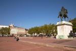 place-bellecour-lyon.jpg